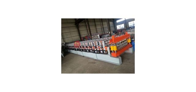 楼承板机钢结构的特点